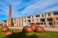 France, Yonne (89), La Puisaye, Saint-Sauveur-en-Puisaye, la Poéterie, repère d'artiste // Europe, France, Burgundy, Yonne, Saint Sauveur en Puisaye, the poeterie is a artist's studio