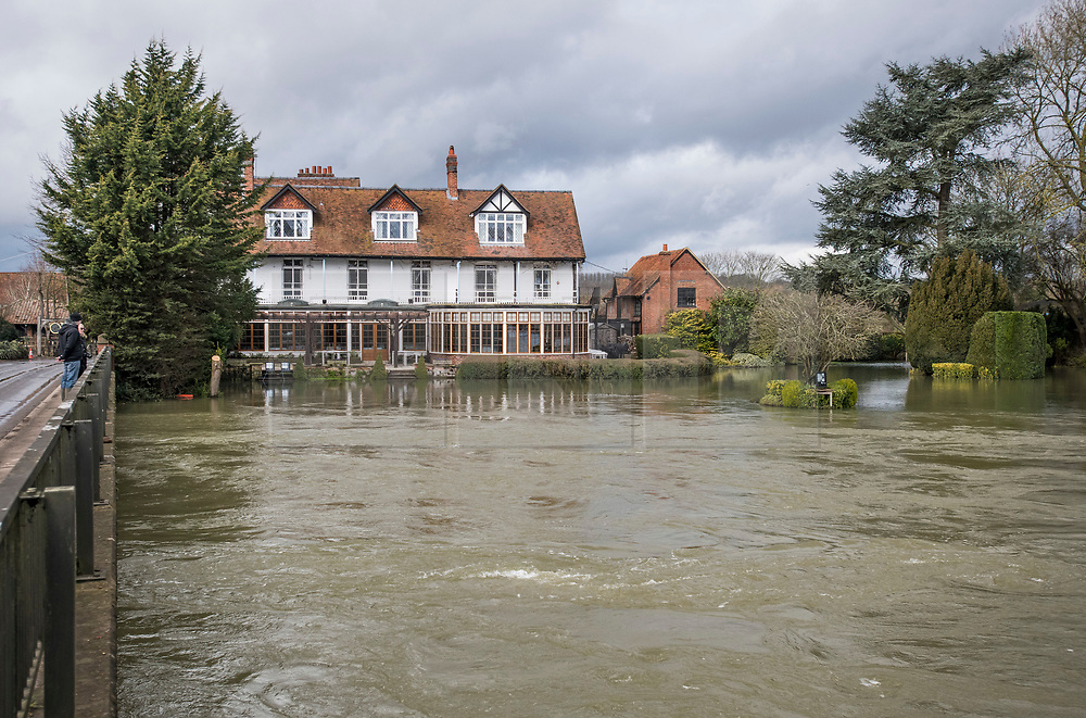 © Licensed to London News Pictures. 05/02/2021. Sonning, UK. Flood water approached property in the village of Sonning in Berkshire, where the River Thames has broken its banks.  Large parts of the UK experience more wet conditions which is expected to bring further flooding. Photo credit: Ben Cawthra/LNP