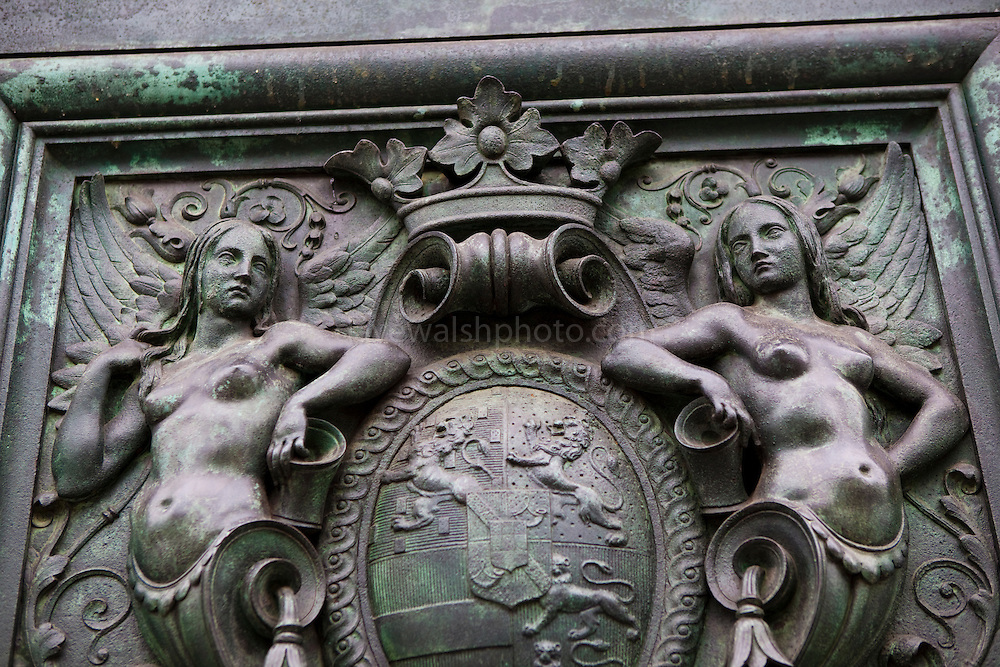 Naked women details on William the Conqueror Statue, The Hague