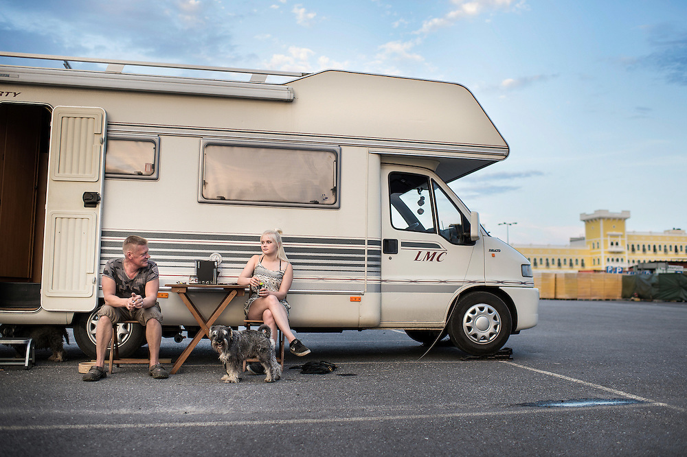 Hannu Nortunen drove over 150 kilometers to Tuuri with his two teen age daughters Wilma (pictured) and Wiivi. Caravan area was already full but the family didn't mind spending a night in the parking lot.
