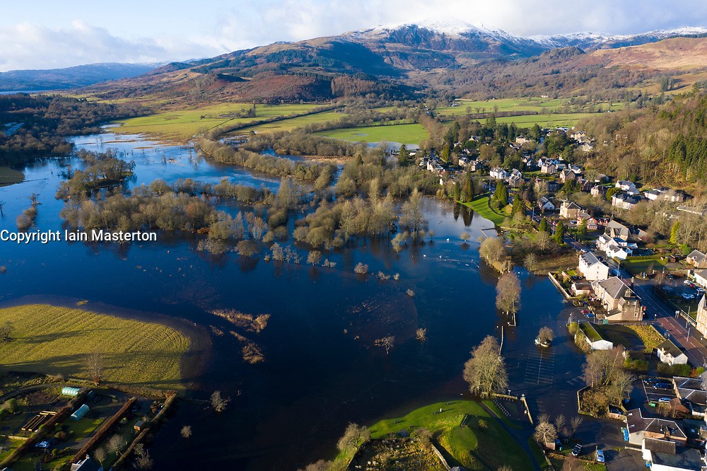 Callander, Scotland, UK. 12th Jan 2020. Heavy rain on Saturday caused the River Teith to break its banks and flood in the town of Callander in the Trossachs, Stirlingshire. Car parks and property adjacent to the river in the town centre were under several feet of water. Stirlingshire  Iain Masterton/Alamy Live News