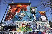 Nederland, Nijmegen, 16-1-2012Ingang van cultureel centrum en poppodium Doornroosje. Het is sinds 1972 gevestigd in een voormalig schoolgebouw. Een nieuw onderkomen wordt gebouwd naast het centraal station.Foto: Flip Franssen/Hollandse Hoogte
