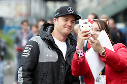 Nico Rosberg (GER) Mercedes AMG F1 with a fan.<br /> 28.10.2016. Formula 1 World Championship, Rd 19, Mexican Grand Prix, Mexico City, Mexico, Practice Day.<br />  Copyright: Bearne / XPB Images / action press