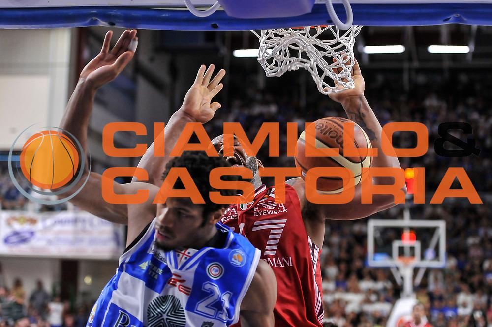 DESCRIZIONE : Campionato 2014/15 Dinamo Banco di Sardegna Sassari - Olimpia EA7 Emporio Armani Milano Playoff Semifinale Gara6<br /> GIOCATORE : Samardo Samuels<br /> CATEGORIA : Schiacciata<br /> SQUADRA : Olimpia EA7 Emporio Armani Milano<br /> EVENTO : LegaBasket Serie A Beko 2014/2015 Playoff Semifinale Gara6<br /> GARA : Dinamo Banco di Sardegna Sassari - Olimpia EA7 Emporio Armani Milano Gara6<br /> DATA : 08/06/2015<br /> SPORT : Pallacanestro <br /> AUTORE : Agenzia Ciamillo-Castoria/L.Canu