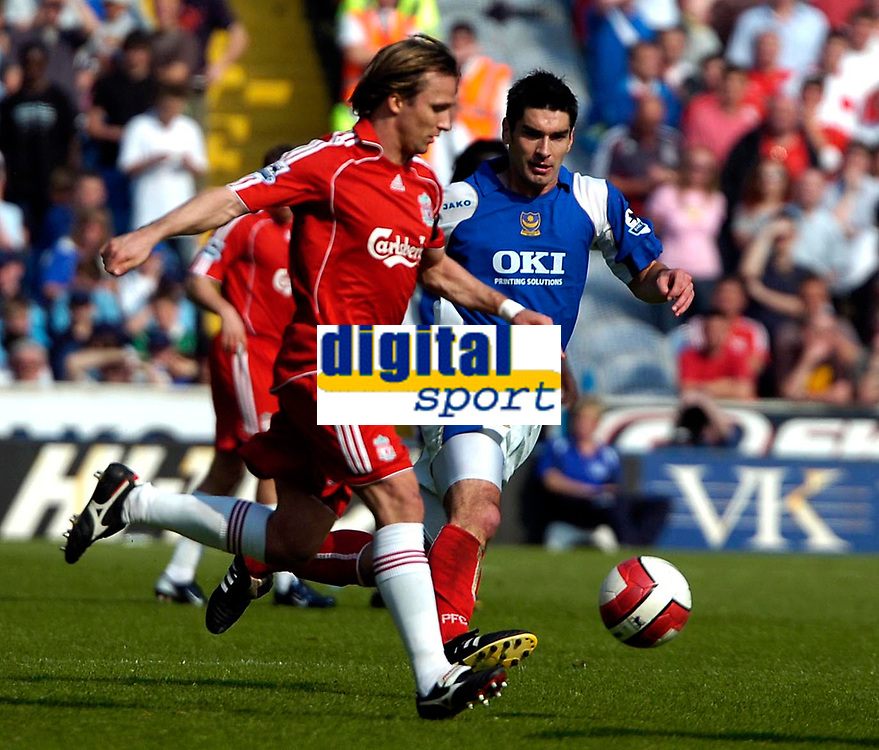 Photo: Ed Godden.<br /> Portsmouth v Liverpool. The Barclays Premiership. 28/04/2007. Portsmouth's Richard Hughes (R), challenges Boudewijn Zenden.