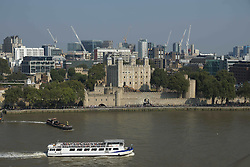 London Calling: Stadtansichten der englischen Hauptstadt<br /> <br /> / 150916<br /> <br /> *** Spectacular views of London, including Tower Bridge, The Tower of London, The Gherkin, the Walkie-Talkie etc from the 9th floor of City Hall overlooking the Thames; September 15th, 2016 ***