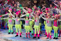 02.12.2017, Suhl, GER, Das Adventsfest der 100.000 Lichter 2017, im Bild Schwiizergoofe // during the ARD TV Show Adventfest der 1000 Licher in Suhl, Germany on 2017/12/02. EXPA Pictures © 2017, PhotoCredit: EXPA/ Eibner-Pressefoto/ Socher<br /> <br /> *****ATTENTION - OUT of GER*****