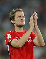 Patrick Mueller (SUI) bedankt sich bei den Schweizer Fans. © Peter Klaunzer/EQ Images