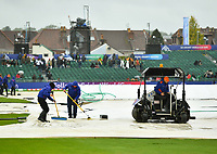 Cricket - 2019 ICC Cricket World Cup - Group Stage: Bangladesh vs. Sri Lanka<br /> <br /> Groundstaff at work, at County Ground, Bristol.<br /> <br /> COLORSPORT/ASHLEY WESTERN