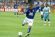Belo Horizonte_MG, Brasil...Jogador do Cruzeiro, Motta, na final do Campeonato Brasileiro 2003...The Cruzeiro soccer player, Motta, at the end of Brazilian Football Championship 2003...Foto: LEO DRUMOND / NITRO