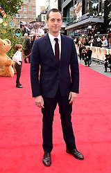 Stephen Campbell Moore attending the world premiere of Goodbye Christopher Robin at the Odeon in Leicester Square, London. See PA story SHOWBIZ Goodbye. Picture Date: Wednesday 20 September. Photo credit should read: Ian West/PA Wire