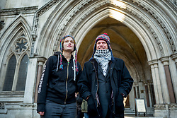 © Licensed to London News Pictures. 30/11/2017. London, UK. Lauri Love and his girlfriend Sylvia Mann arrive at the High Court in London, where he is appealing extradition to the US over alleged cyber-hacking. Photo credit: Tolga Akmen/LNP