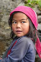 Nepal. Vallee de l Arun. Region Est du Nepal. Village de Honggaon de population Bhote (originaire du Tibet). // Nepal. Arun valley, East Nepal. Honggaon village, inhabited by Bhote ethnic group (coming from Tibet).
