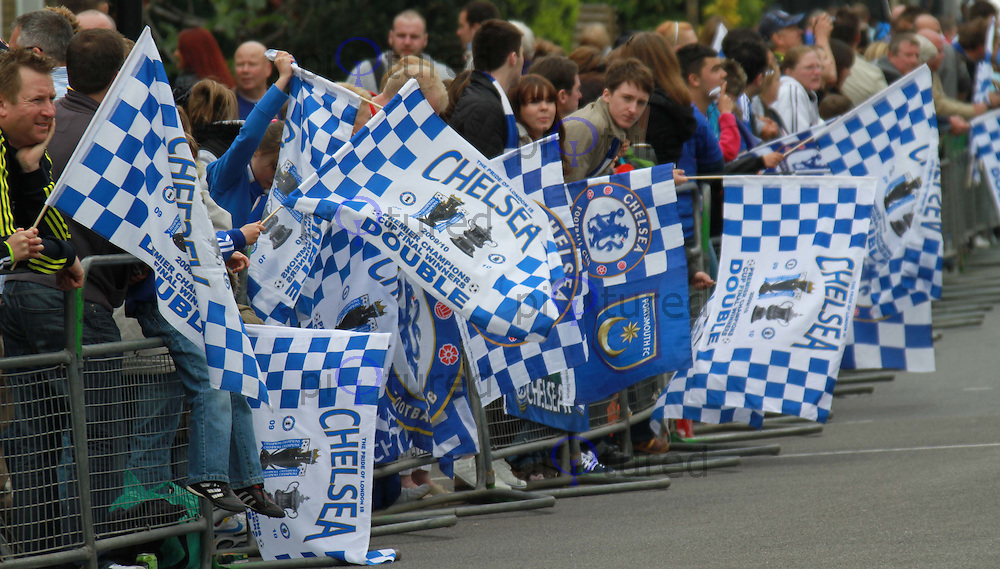 London, UK, 16 May 2010: Chelsea Premier League winners hold victory parade in London with two open-topped buses. Contact:  Ian@piqtured.com +44(0)791 626 2580 (Picture by Richard Goldschmidt/Piqtured)