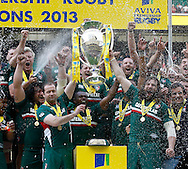 Picture by Andrew Tobin/Focus Images Ltd +44 7710 761829.25/05/2013. Leicester lift the winners trophy after beating Northampton during the Aviva Premiership match at Twickenham Stadium, Twickenham.