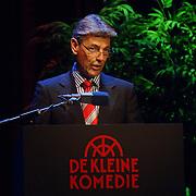 NLD/Amsterdam/20061001 - Uitreiking Blijvend Applaus prijs 2006, voorzitter Bert Niemeijer