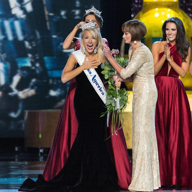 Miss Arkansas Savvy Shields is crowned the 2017 Miss America in Boardwalk Hall, Atlantic City, NJ