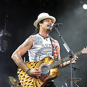 Michal Franti and Spearhead play White River Ampitheatre, Aubrun, WA on 8-1-2014