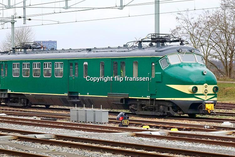 Nederland, Nijmegen 13-3-2019 Hondenkop treinstel wat sinds de jaren 50 ingezet werd. Uit dienst genomen eind jaren 90 .De Mat 54 was een serie  elektrische treinstellen van de NS . Treinen worden vernoemd naar het jaar waarin de eerste bestelling is geplaatst.De trein wordt verhuurd voor bedrijfsuitjes en feestjes.