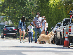 Ben Affleck and Ana de Armas are seen walking with the kids in Los Angeles, California. NON-EXCLUSIVE May 23, 2020 200523BG004 Los Angeles, CA www.bauergriffin.com. 23 May 2020 Pictured: Ben Affleck, Ana de Armas. Photo credit: BG004/Bauergriffin.com / MEGA TheMegaAgency.com +1 888 505 6342