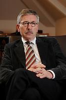 15 JAN 2007, BERLIN/GERMANY:<br /> Thilo Sarrazin, Senator fuer Finanzen Berlin, waehrend einem Interview, in seinem Buero, Senatsverwaltung fuer Finanzen<br /> IMAGE: 20070115-01-002