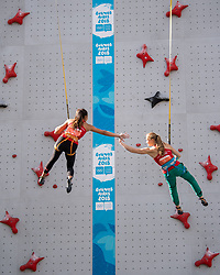 October 9, 2018 - Buenos Aires, ARGENTINA - 181009 2018 Youth Olympic Games, Day 3: Sandra Lettner AUT (right) high fives Laura Lammer AUT during the Sport Climbing Women's Combined Speed Finals at the Parque Mujeres Argentinas, Urban Park. The Youth Olympic Games, Buenos Aires, Argentina, Tuesday 9th October 2018. Photo: Lukas Schulze for OIS/IOC. Handout image supplied by OIS/IOC  (Credit Image: © Lukas Schulze For Ois/Bildbyran via ZUMA Press)