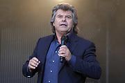 """Auftritt von Andy Borg beim Open Air-Festival """"Der Berg bebt!"""" vom 15.07.2017 auf dem Plaun Grond, Flims."""