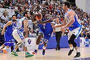 DESCRIZIONE : Beko Legabasket Serie A 2015- 2016 Dinamo Banco di Sardegna Sassari - Enel Brindisi<br /> GIOCATORE : Durand Scott<br /> CATEGORIA : Palleggio Penetrazione<br /> SQUADRA : Enel Brindisi<br /> EVENTO : Beko Legabasket Serie A 2015-2016<br /> GARA : Dinamo Banco di Sardegna Sassari - Enel Brindisi<br /> DATA : 18/10/2015<br /> SPORT : Pallacanestro <br /> AUTORE : Agenzia Ciamillo-Castoria/C.Atzori
