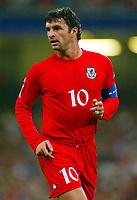 Fotball<br /> VM-kvalifisering<br /> Wales v Polen<br /> 13.10.2004<br /> Foto: SBI/Digitalsport<br /> NORWAY ONLY<br /> <br /> Wales v Poland. FIFA World Cup European Qualifying Group Six. Millenium Stadium. 13/10/2004.<br /> <br /> Wales skipper, Gary Speed