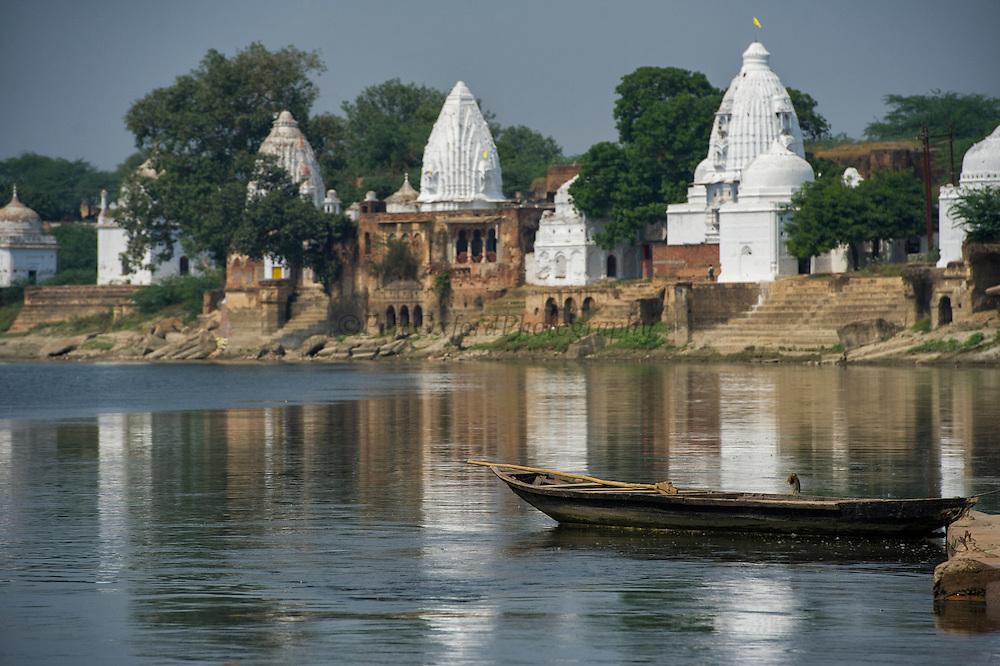 Bateshwar Temple<br /> Bateshwar Village, Agra District on banks of Yamuna River<br /> Uttar Pradesh, India