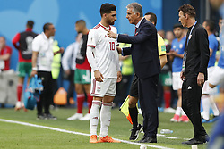 (l-r) Alireza Jahanbakhsh of IR Iran, coach Carlos Queiroz of IR Iran