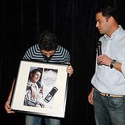 NLD/Volendam/20061113 - Uitreiking Platina cd's aan Jan Smit, 100.000 verkochte ringtones