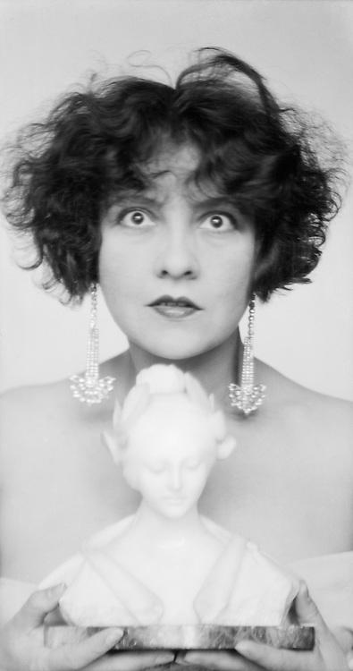 Lucy Doraine, actress, 1927