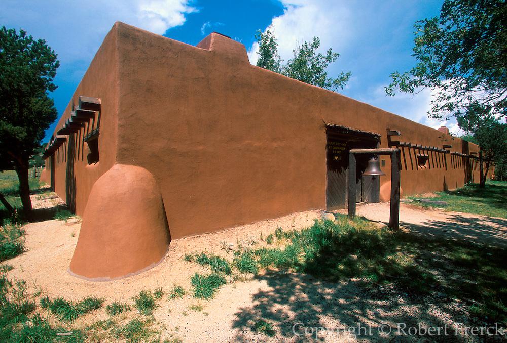 NEW MEXICO, RAYADO Kit Carson adobe ranch house