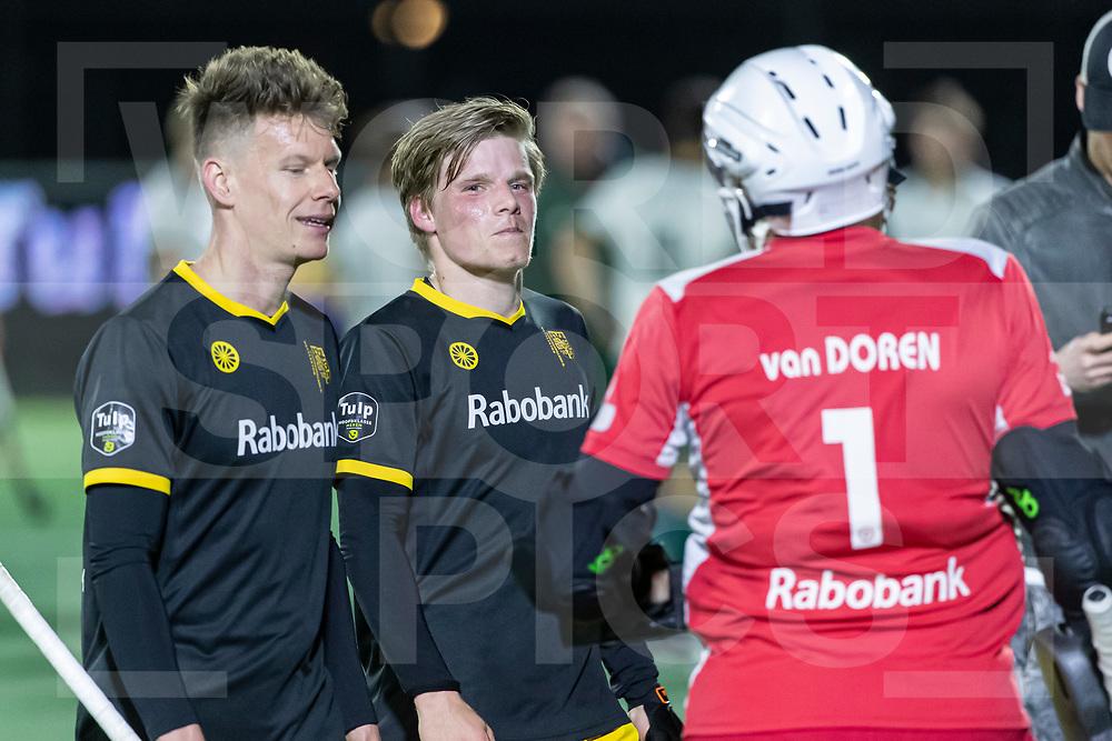 Rotterdam, Tulp Hoofdklasse Hockey Heren, Seizoen 2020-2021, 16-04-2021, Rotterdam - Den Bosch 0-3, Jelle Galema (Den Bosch) , Koen Bijen (Den Bosch)  en Loïc van Doren (k) (Den Bosch)<br /><br /> COPYRIGHT WORLDSPORTPICS WILLEM VERNES