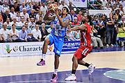 DESCRIZIONE : Campionato 2014/15 Dinamo Banco di Sardegna Sassari - Olimpia EA7 Emporio Armani Milano Playoff Semifinale Gara6<br /> GIOCATORE : Edgar Sosa<br /> CATEGORIA : Tiro Penetrazione<br /> SQUADRA : Dinamo Banco di Sardegna Sassari<br /> EVENTO : LegaBasket Serie A Beko 2014/2015 Playoff Semifinale Gara6<br /> GARA : Dinamo Banco di Sardegna Sassari - Olimpia EA7 Emporio Armani Milano Gara6<br /> DATA : 08/06/2015<br /> SPORT : Pallacanestro <br /> AUTORE : Agenzia Ciamillo-Castoria/L.Canu