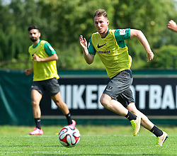 31.07.2014, Trainingsgelände am Weserstadion, Bremen, GER, 1. FBL, SV Werder Bremen Training,  im Bild Izet Hajrovic (SV Werder Bremen #14) beim Sprint zum Ball // during the training session on the training ground of the German Bundesliga Club SV Werder Bremen at the Weserstadion, Bremen, Germany on 2014/07/31. EXPA Pictures © 2014, PhotoCredit: EXPA/ Andreas Gumz<br /> <br /> *****ATTENTION - OUT of GER*****