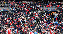 23 April 2017 FA Cup semi-final : Arsenal v Manchester City :<br /> Arsenal supporters do the Poznan.<br /> Photo: Mark Leech
