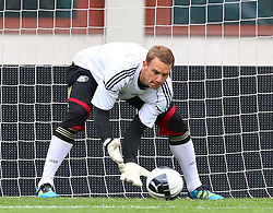 02.06.2011, Ernst Happel Stadion, Wien, AUT, UEFA EURO 2012, Qualifikation, Abschlusstraining Manuel Neuer, (GER) // during the final training from Germany for the UEFA Euro 2012 Qualifier Game, Austria vs Germany, at Ernst Happel Stadium, Vienna, 2010-06-02, EXPA Pictures © 2011, PhotoCredit: EXPA/ T. Haumer
