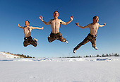 Frontier Scouts Take Snow Bath Training