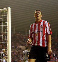 Photo. Jed Wee, Digitalsport<br /> Sunderland v Crewe Alexandra, Coca-Cola Championship, 10/08/2004.<br /> Sunderland's Kevin Kyle bemoans a missed opportunity as Sunderland squander several and are punished by a Crewe equaliser before half time.