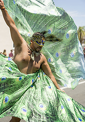 June 24, 2017 - Santa Barbara, California, USA - The 43rd Santa Barbara Summer Solstice Parade, featuring music, colorful costumes, dancers and unique floats, makes its way up State Street. The parade and weekend festival attract more than 100,000 people. (Credit Image: © PJ Heller via ZUMA Wire)