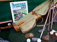 SANDWICH (GB) - Etalage pro shop. The Royal St. George's Golf Club (1887), één van de oudste en meest beroemde golfclubs in Engeland. COPYRIGHT KOEN SUYK
