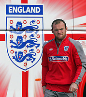 Fotball<br /> England<br /> Foto: Fotosports/Digitalsport<br /> NORWAY ONLY<br /> <br /> England training session at London Colney 01/09/09<br /> <br /> England striker Wayne Rooney