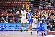 DESCRIZIONE : Milano Final Eight Coppa Italia 2014 Finale Montepaschi Siena - Dinamo Banco di Sardegna Sassari<br /> GIOCATORE : Marques Haynes<br /> CATEGORIA : Tiro Tre Punti<br /> SQUADRA : Montepaschi Siena<br /> EVENTO : Final Eight Coppa Italia 2014 Milano<br /> GARA : Montepaschi Siena - Dinamo Banco di Sardegna Sassari<br /> DATA : 09/02/2014<br /> SPORT : Pallacanestro <br /> AUTORE : Agenzia Ciamillo-Castoria / Luigi Canu<br /> Galleria : Final Eight Coppa Italia 2014 Milano<br /> Fotonotizia : Milano Final Eight Coppa Italia 2014 Finale Montepaschi Siena - Dinamo Banco di Sardegna Sassari<br /> Predefinita :