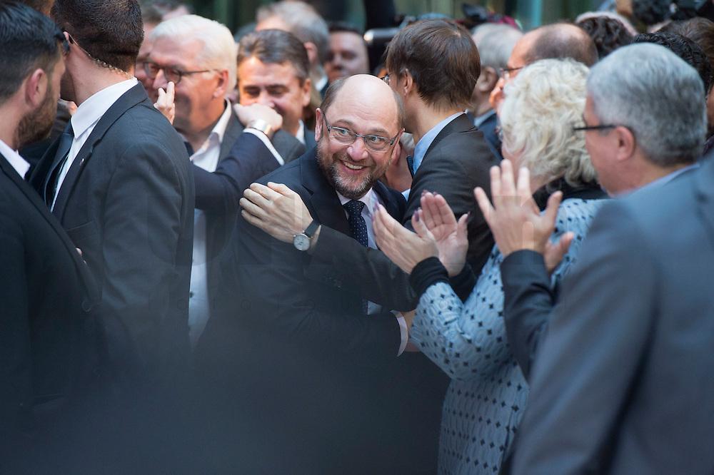 29 JAN 2016, BERLIN/GERMANY:<br /> Martin Schulz, SPD, auf dem Weg zur Buehne, vor Beginn der Vorstellung von Martin Schulz als Kanzlerkandidat der SPD zur Bundestagswahl, nach der Nominierung durch den SPD-Parteivorstand, Willy-Brandt-Haus<br /> IMAGE: 20170129-01-002