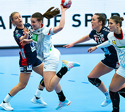 Stine Bredal Oftedahl of Norway, Julia Maidhof of Germany in action during the Women's EHF Euro 2020 match between Germany and Norway at Sydbank Arena on december 05, 2020 in Kolding, Denmark (Photo by RHF Agency/Ronald Hoogendoorn)