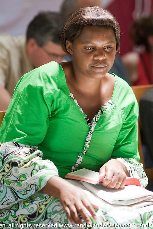 Photo Randy Vanderveen.Rwanda.Rwandan woman