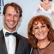 NLD/Utrecht/20180923 - Premiere Mamma Mia, Josee Hoebee en ........
