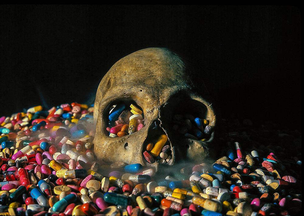 Pills & Skull
